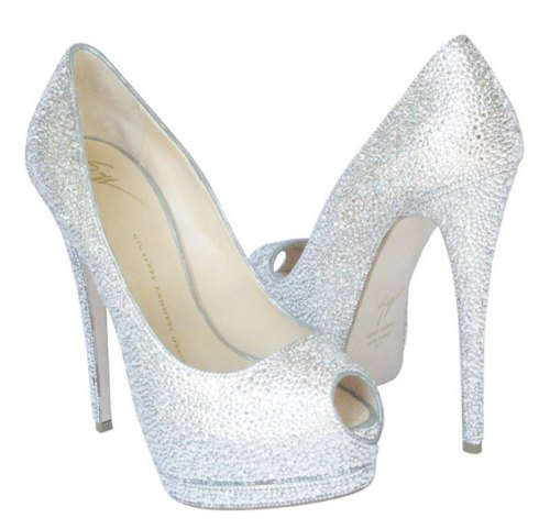Wow, le scarpe di diamanti!
