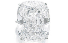 _MAGNIFICENT-AND-VERY-IMPORTANT-DIAMOND-RING-Stima----3,760,000---5,640,000-CHF-