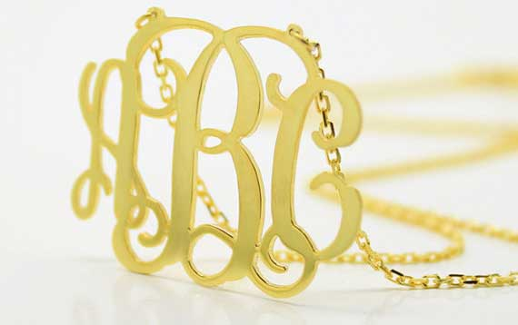 1.50'-inch-Monogram-Necklace---925-Sterling-Silver---18k-gold-plated-€41,00-EUR