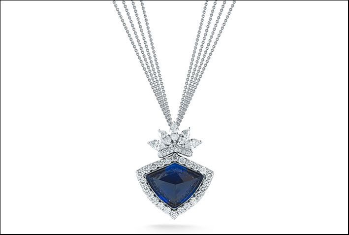 La collana con diamanti e tanzanite di Takat