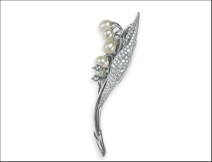 Tiffany, spilla in platino, diamanti e perle