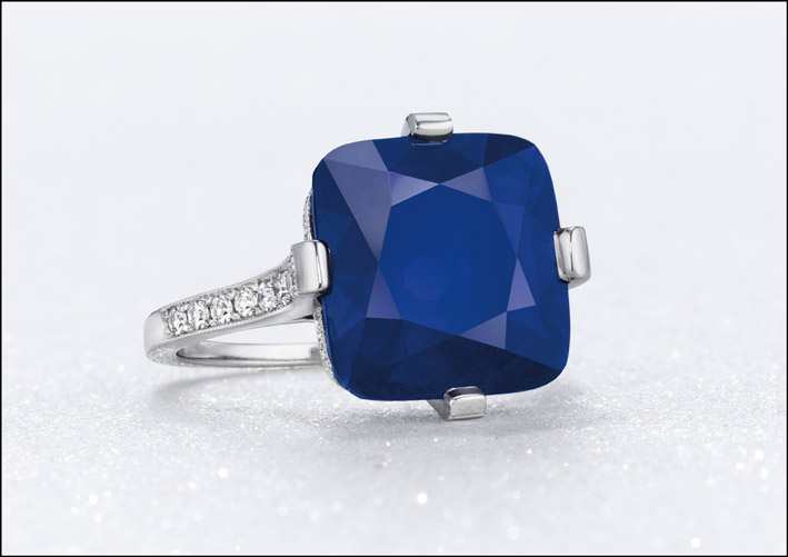 The majestic blue, anello con zaffiro