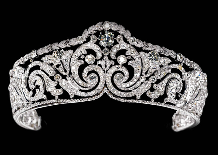 4 Tiara Scroll in platino e diamanti di Cartier, 1910
