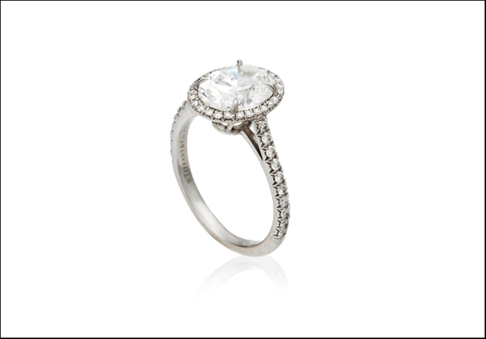 Anello con diamante in asta da Christie's