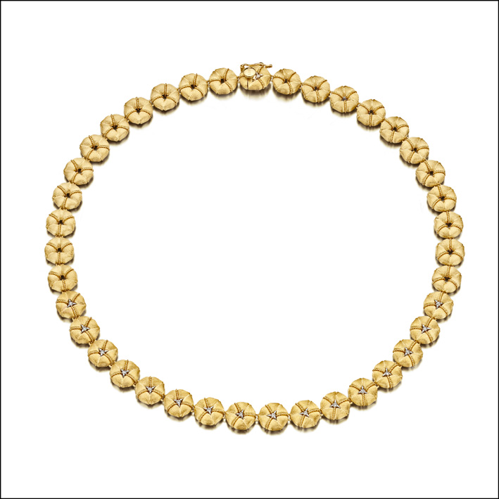 Choker in oro e diamanti