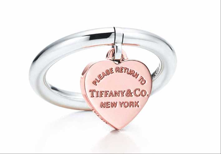 Anello Heart, Please return to Tiffany. Argento e rubedo. Prezzo: 470 euro