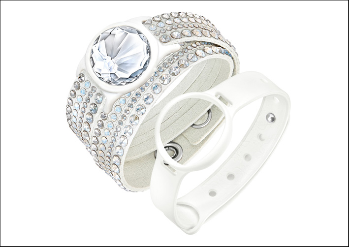 Swarovski Activity Tracking Jewelry, prezzo originale 169 euro