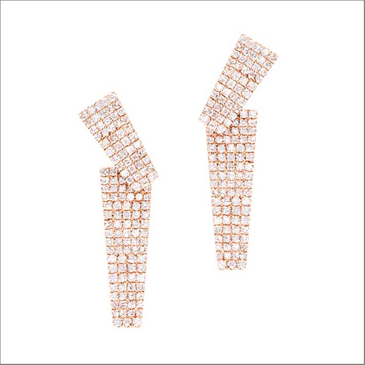 Rose Hot Shot Earrings, oro rosa e diamanti. Prezzo: 2265 dollari