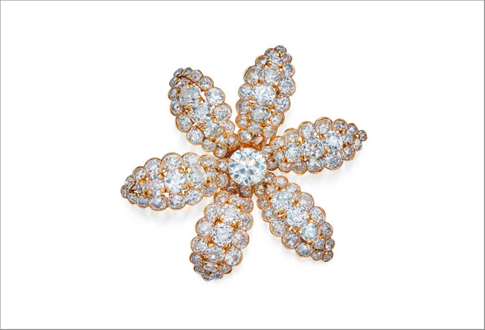 Spilla Mayfair in oro e diamanti di Van Cleef & Arpels