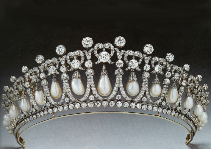 La tiara Cambridge Lover's Knot