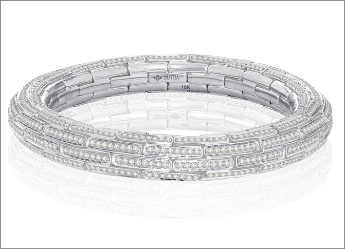 The Diamond Mosiac Collection. Bracciale con 7,5 carati di diamanti e oro bianco. Prezzo: 40.000 dollari
