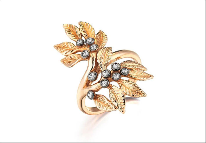 Anello Daphne dalla Flora collection