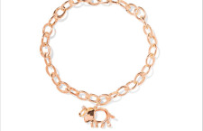 Tiffany, bracciale in oro rosa Save the Wild. Prezzo: 3130 euro