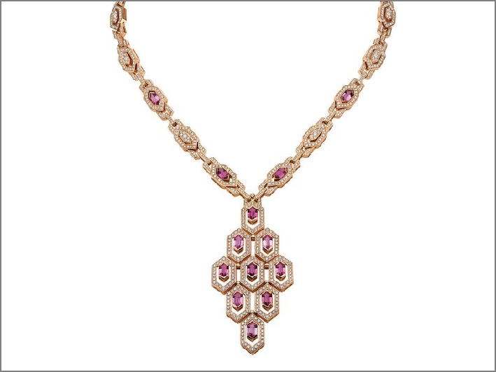 Collana Serpenti in oro rosa, 13 tormaline rosa, diamanti per 7,96 carati