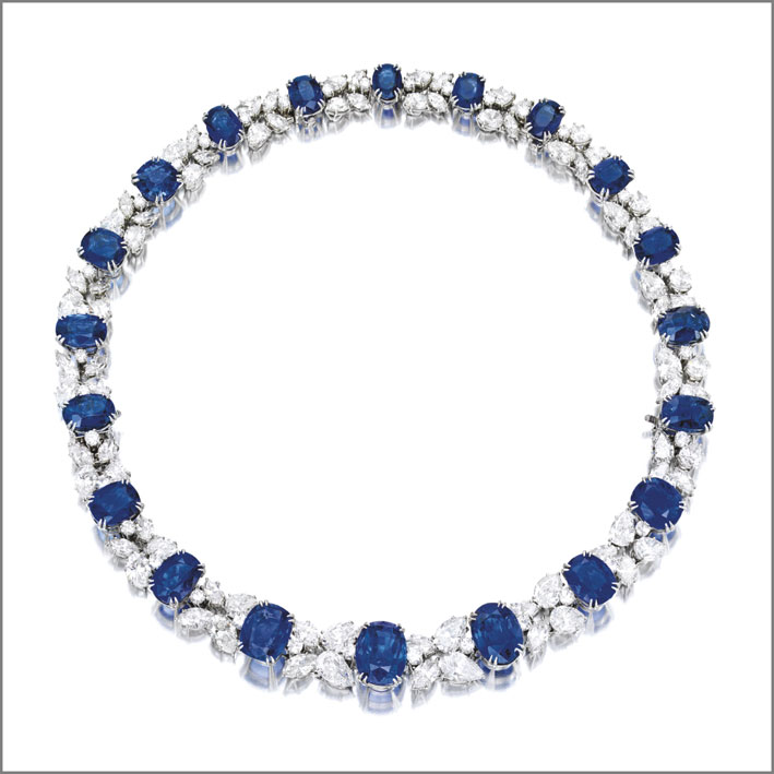 Collana di diamanti e zaffiri firmata Harry Winston