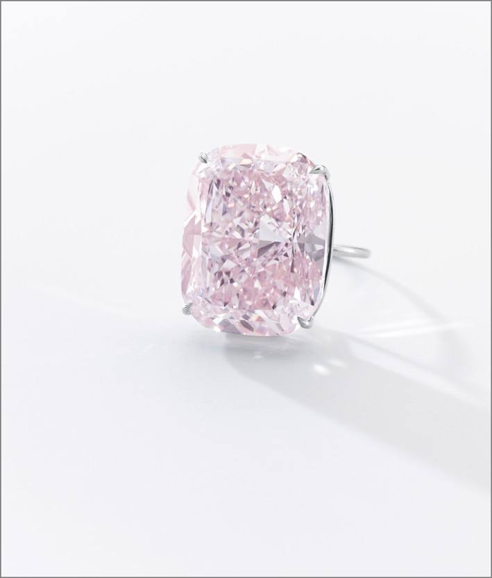 The Raj Pink, il più grande diamante Fancy Intense Pink, con un peso di 37,30 carati