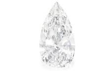 Il diamante a pera da 75 carati, valutati circa 12 milini di dollari (ma comprato a 4 milioni)