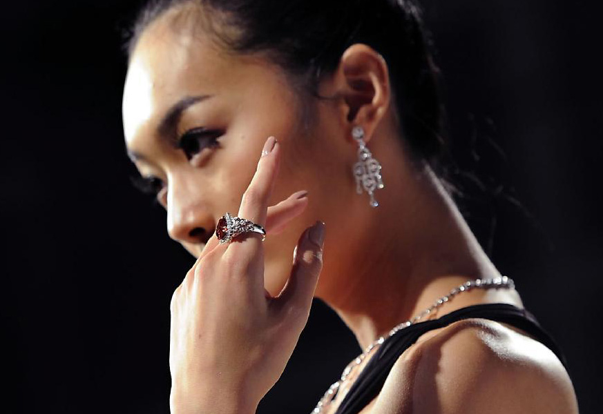 Modella cinese al Hong Kong International Jewellery Show