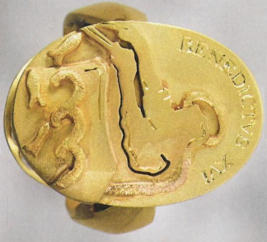 L'anello del pescatore di Papa Benedetto XVI