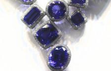 Collana di tanzanite e diamanti