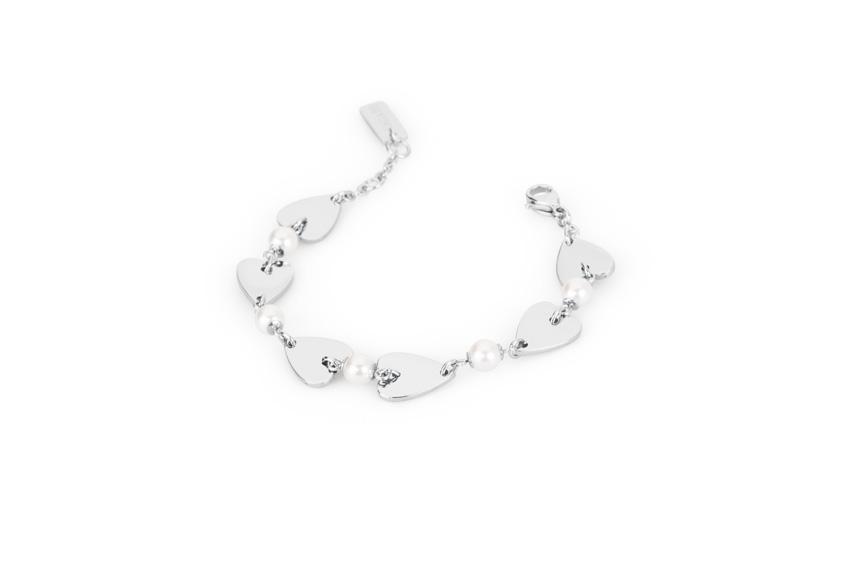 Bracciale in acciaio e perle. Prezzo: 29 euro