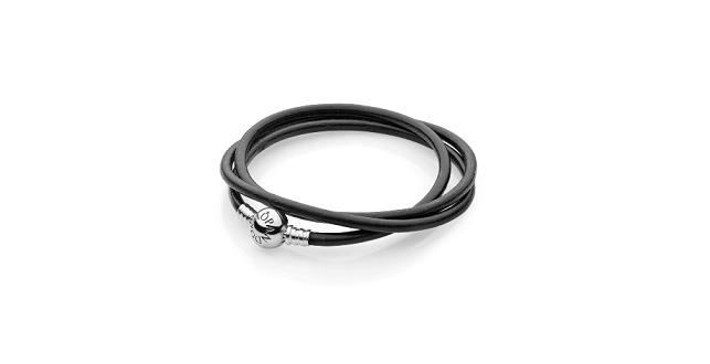 Bracciale Pandora nero. Prezzo: 54 euro