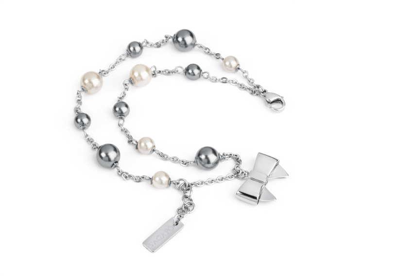 Bracciale in acciaio 316L, perle e cristalli. Prezzo: 32 euro