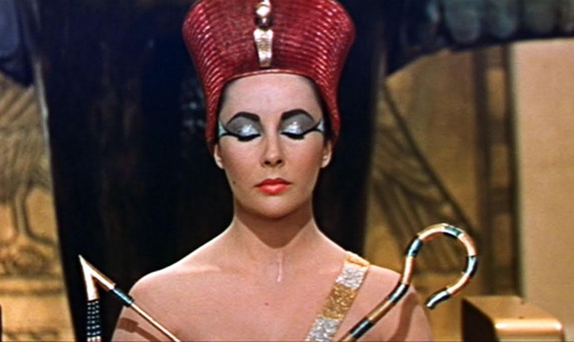 Elizabeth Taylor in Cleopatra,1963