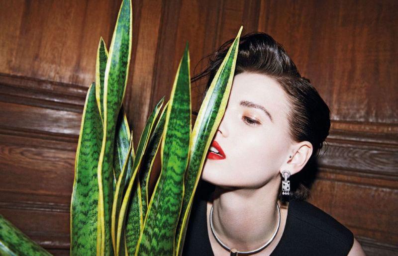Servizio per Vogue Tailandia, gioielli Cartier