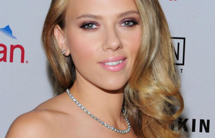 Scarlett Johansson con collana Tiffany