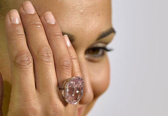 Sotheby's risponde: diamante da 83 milioni