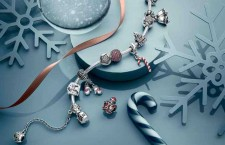 Pandora festeggia il Natale