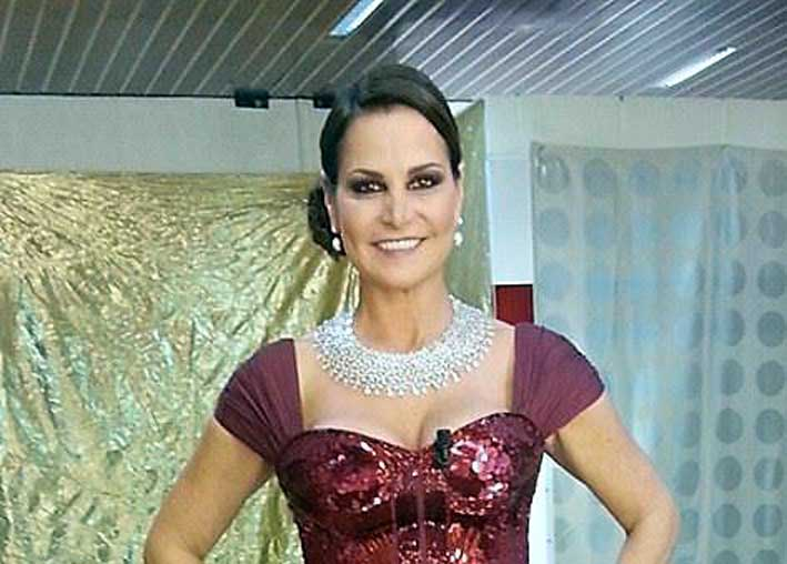 Simona Ventura con i gioielli Pasquale Bruni