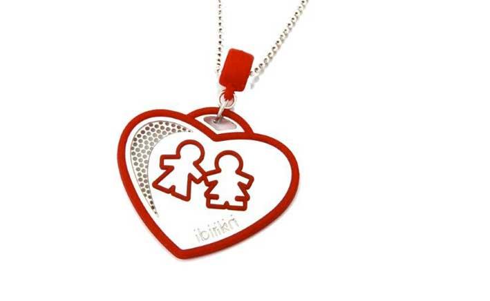 Linea b-emotional jewels, pendente e collana a cuore. Prezzo: 21 euro
