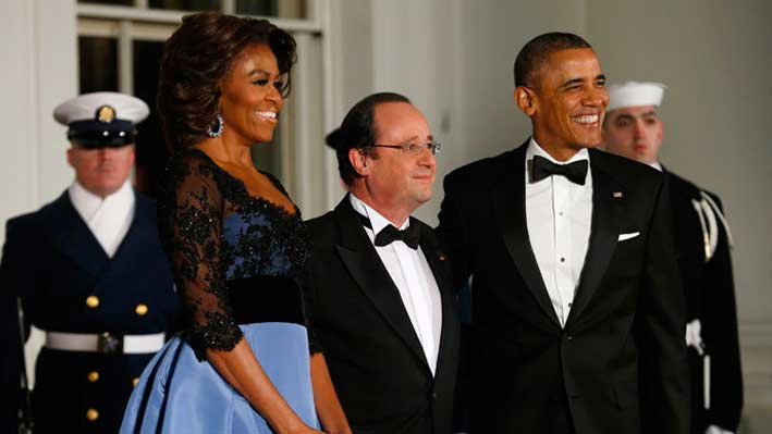 Michelle Obama con François Hollande  e Barack Obama