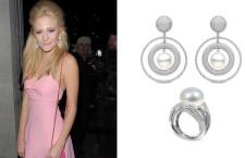 Pixie Lott al Eva Longoria Global Gift Gala, con orecchini firmati Yoko