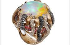Italian Design, anello Anemone di mare, con al centro un opale