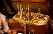 Gli italiani vendono meno oro
