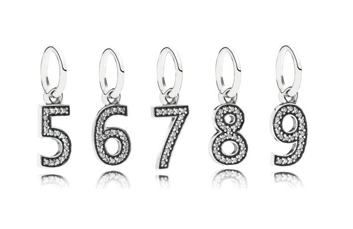 Pendenti in argento Sterling e zirconi. Prezzo: 29 euro