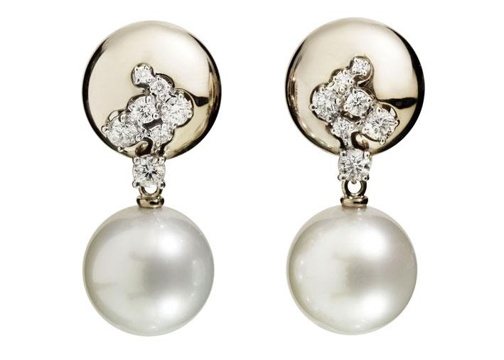 Orecchini in oro bianco non rodiato, diamanti bianchi, perle Mari Sud