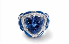 Chaumet Lumières d'Eau: anello in oro bianco, con diamanti, zaffiri, lapislazzuli e una tanzanite centrale taglio di 16.50 carati
