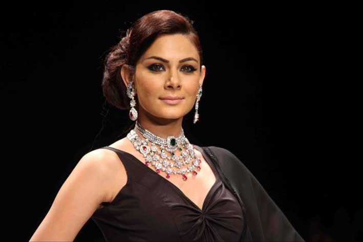 Sfilata all'India International Jewellery Show