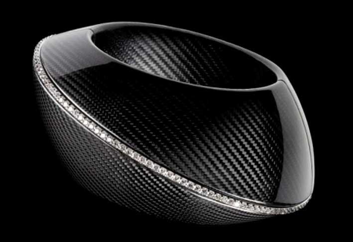 Mattia Cielo, bracciale Vulcano con fibra di carbonio