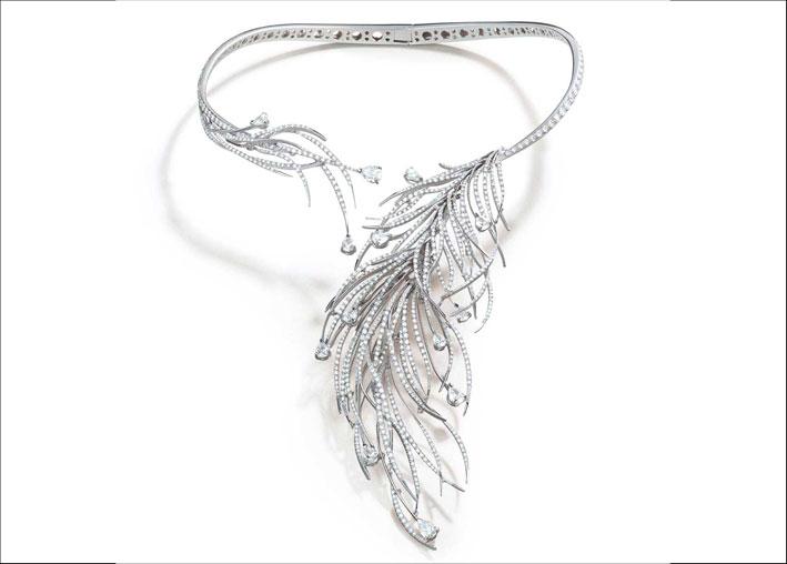 Agli anni Venti è dedicato il collier Charleston
