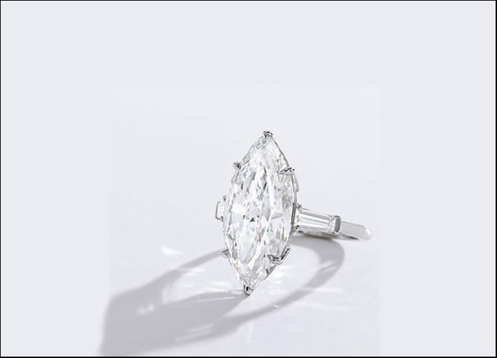 Anello di platino con diamante da 9,13 carati. Colore D, privo di inclusioni