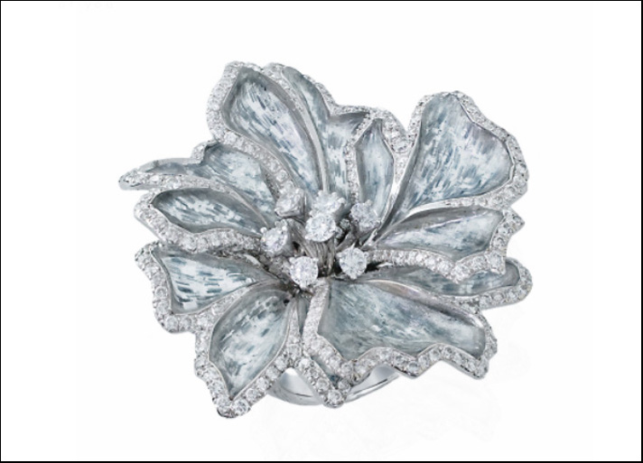 Anello in oro bianco, diamanti e titanio di Bogh-Art