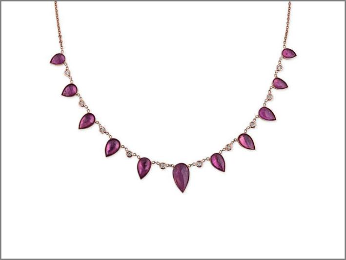 Collana con rubini e diamanti