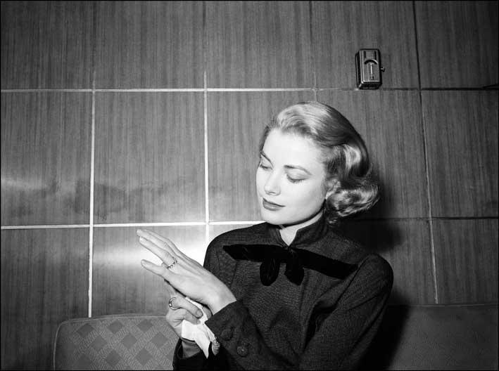 Grace Kelly e il classico anello Cartier