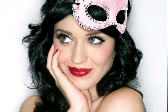 Katy Perry fa tris con Claire's