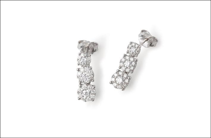 Orecchini collezione Mirage, oro e diamanti. . Prezzo: a partire da 2.079 �